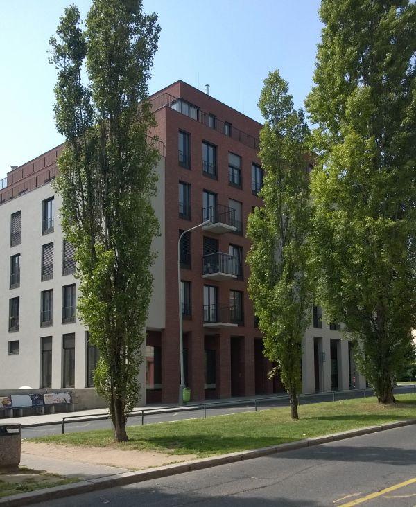 Prado Handvorm - Praha, Bechyňova 8